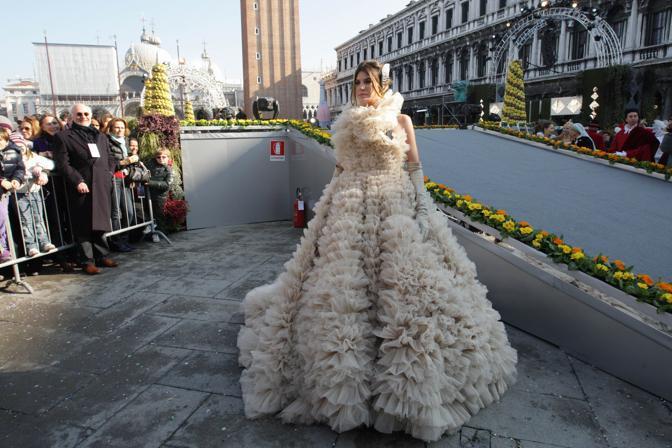 Venezia - Bianca Brandolini D'Adda è la colombina del carnevale di Venezia 2010